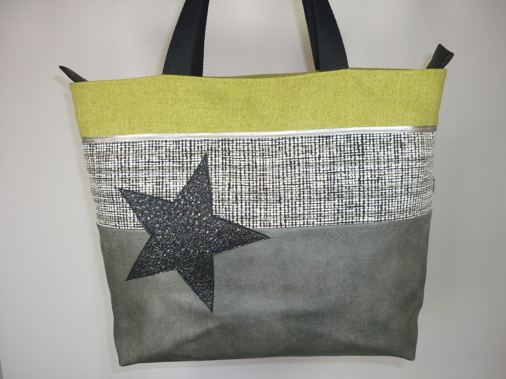 9d1d0d9d5b sac cabas gris et vert anis fermeture éclair sur le dessus et étoile ...