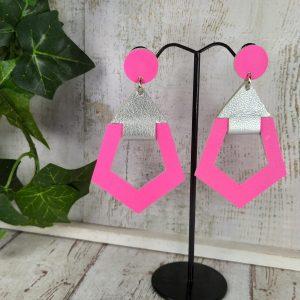 boucles d'oreilles en cuir bicolore rose fluo et argenté