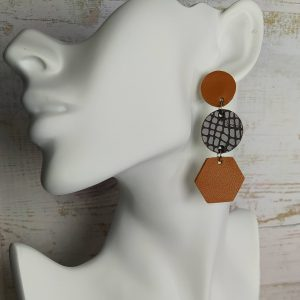 boucles d'oreilles en cuir camel et marron texturé serpent
