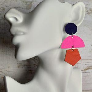 boucles d'oreilles en cuir au mélange de couleurs audacieuses
